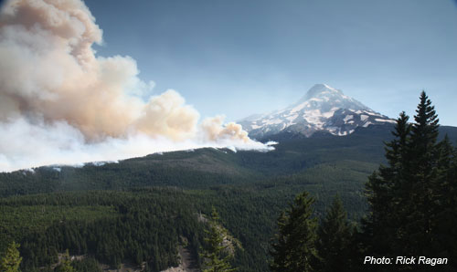 Dollar Lake Fire on Mt Hood     Photo: R. Ragan