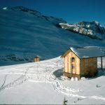 Asulken backcountry ski hut rogers pass, BC
