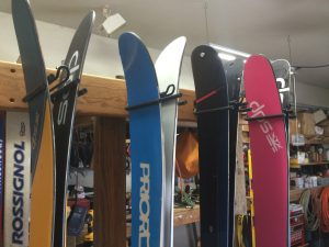rocker ski racks