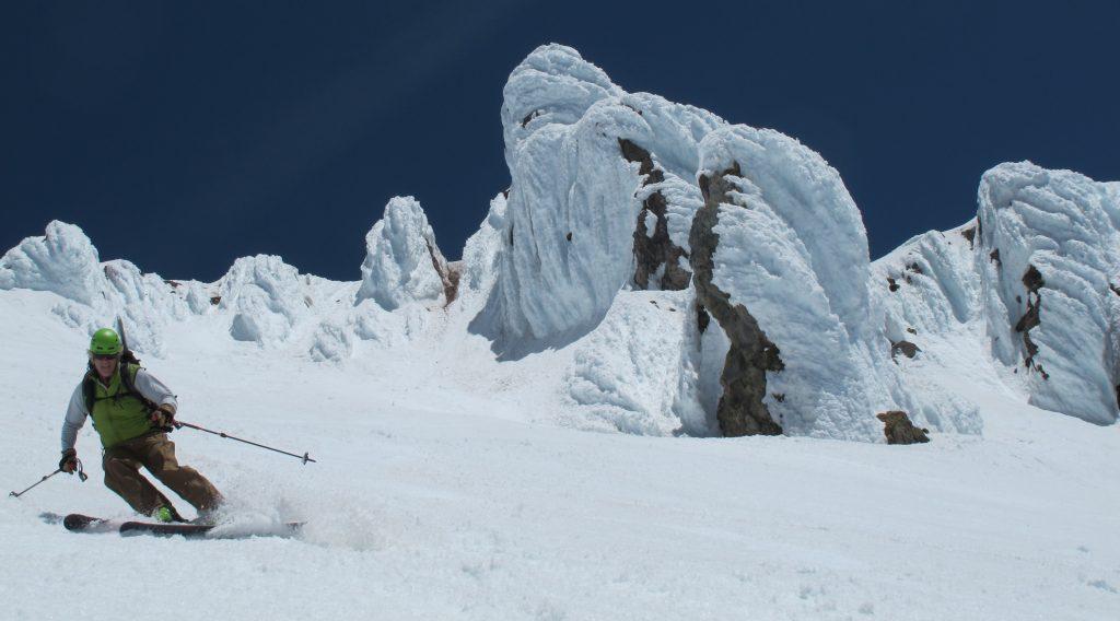 mt. hood ski descent; cascade volcano ski